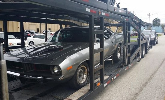 Plymouth-Barracude-Open-Transport