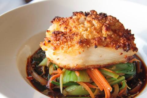 Celebrate august at blue moon fish co 5 weekends 5 for Blue moon fish company fort lauderdale